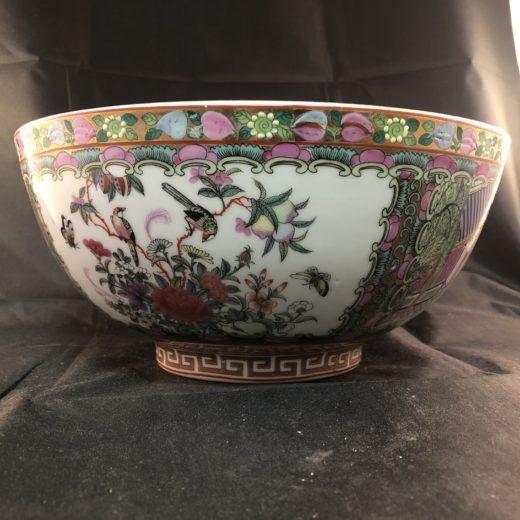 Vintage Chinese Kwon-Glazed Porcelain Figures Hand-Painting Bowl